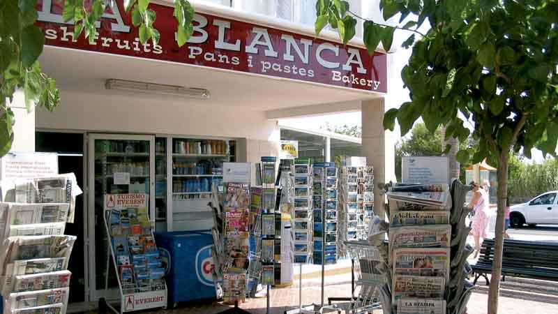 Supermercado Cala Blanca