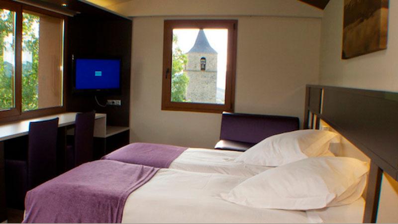 Hotel Mirador. Lles De Cerdanya Pyrenees