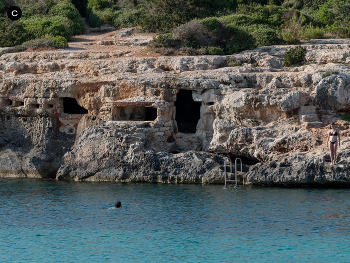 Sa-cova-Sa Cova De Ses Tres Boques